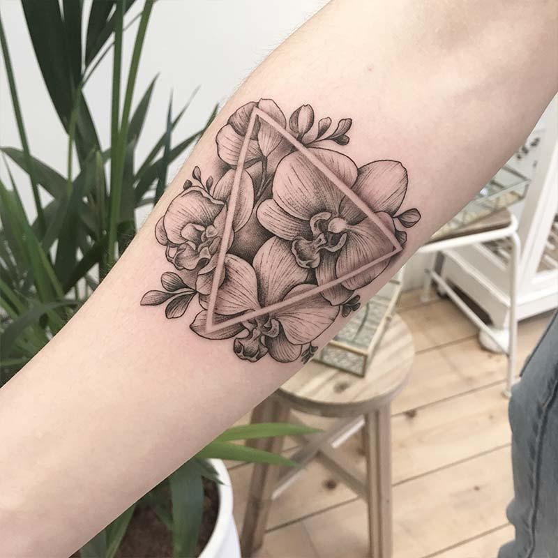 Dé Gezelligste Plek Voor Jouw Tattoos Piercings The